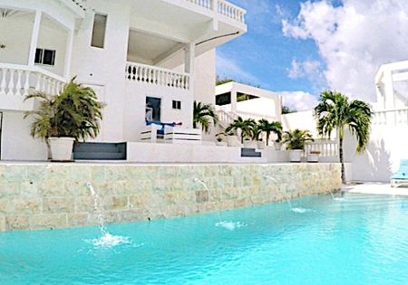 "3 BEDROOM APARTMENT ""MOËT"" 4-6 guests - 2-3 bedrooms - 2 bathrooms"